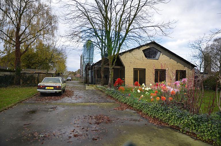House Dahlia views 5-2