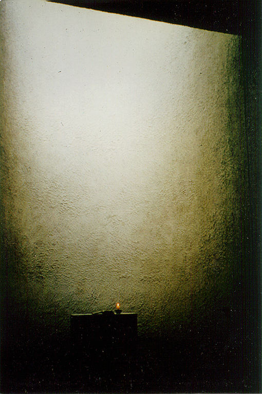 Inspiration through le Corbusier: Ronchamp Chapel FR                     Photo 1996 by Brigitte van Bakel