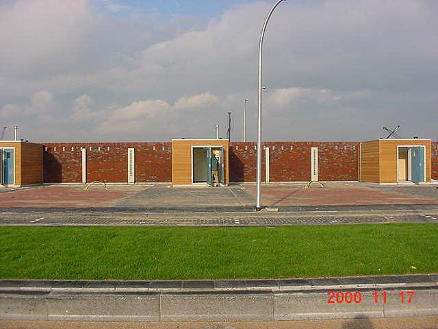 The Wall views 13muurbinnenzijde